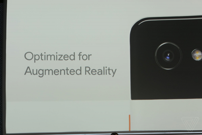 Lưu trữ ảnh Google Photos miễn phí. Ngoài ra, chúng còn hỗ trợ Bluetooth 5.0.