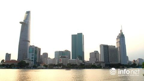 TP Hồ Chí Minh nhìn từ Quận 2.