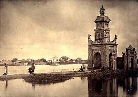 Tháp Báo Thiên - biểu tượng cho sự bền vững của nhà Lý.