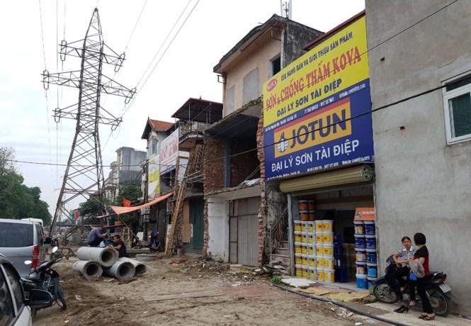 'Cò' bắt tay 'thổi' giá đất ở phố dời cây xanh Hà Nội