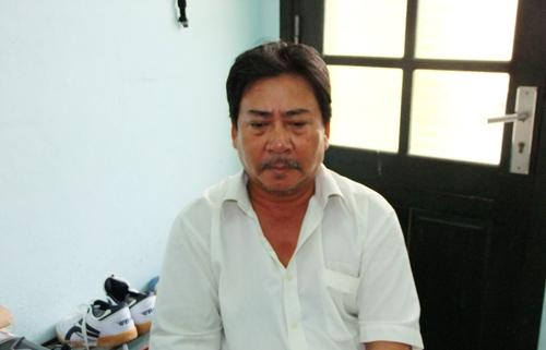 Đối tượng Nguyễn Ngọc Hiển tại cơ quan điều tra. (Ảnh: CA Thanh Hóa cung cấp)