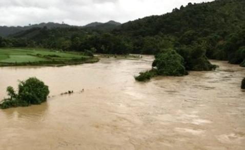 Nhiều xã miền núi Thanh Hóa đã bị chia cắt, ngập lụt sau cơn bão số 2. (Ảnh: T.Nghị)