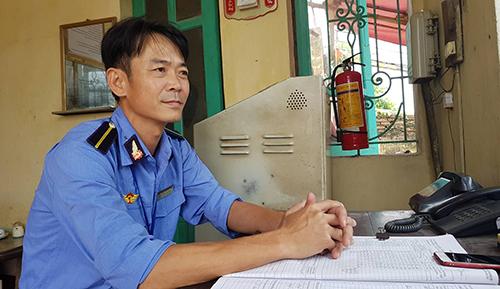 Nhân viên Thái Văn Thành chạy ngược 200m về phía đoàn tàu, ra tín hiệu dừng khẩn cấp