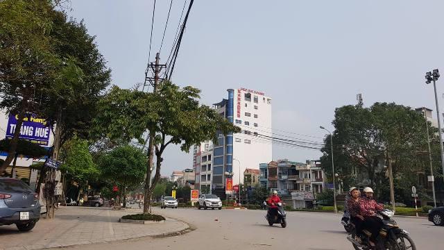Hiện trường vụ nổ súng trên đại lộ Lê Lợi, TP Thanh Hóa.