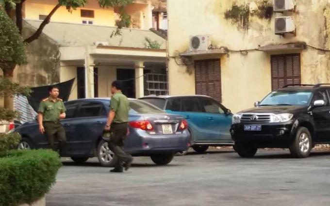Sau khi tạm giữ 5 cán bộ Thanh tra Thanh Hóa, Công an tỉnh đã tiến hành khám xét nơi làm việc