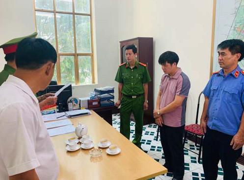 Thi hành lệnh bắt giam ông Tống Quang Thái, Phó giám đốc Ban Giải phóng mặt bằng và tái định cư TP Thanh Hóa.