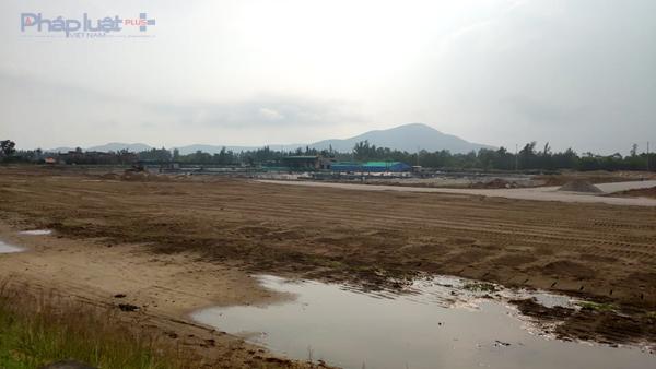 Ban quản lý KKT Nghi Sơn sẽ kiểm tra, lập biên bản vi phạm của doanh nghiệp, sau đó đề xuất UBND huyện Tĩnh Gia xử phạt theo quy định. (Ảnh: A.Thắng)