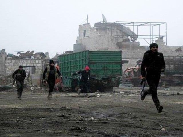Lính IS tháo chạy sau 1 cuộc không kích của Nga