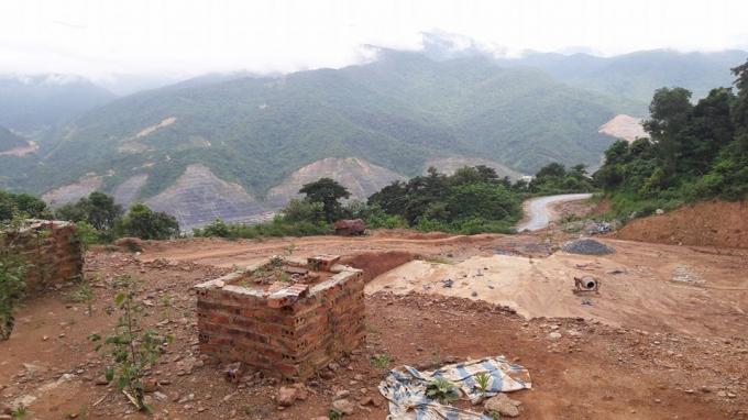 Mường Lay (Điện Biên): Cận cảnh nghĩa trang bạc tỉ bị