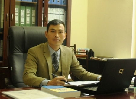 Luật sư Vi Văn Diện trạo đổi với PV Pháp luật Plus Ngày Pháp luật
