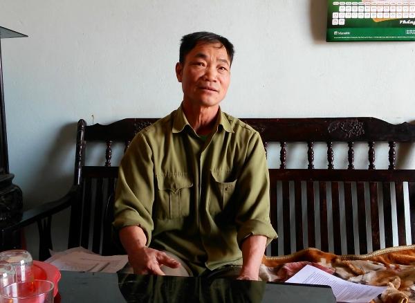 Ông Nguyễn Văn Khuyến bức xúc trước việc, các phòng ban huyện Thuận Thành ngâm hồ sơ việc cấp GCNQSDĐ của gia đình ông.