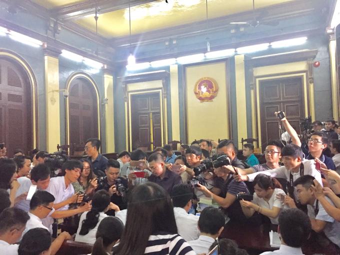 Vụ án Trương Hồ Phương Nga lừa đảo được quan tâm đặc biệt của truyền thông.