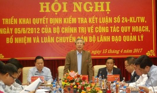 Ủy viên Bộ Chính trị, Bí thư Trung ương Đảng, Chủ nhiệm UBKTTW, thành viên thường trực Ban Bí thư Trần Quốc Vượng phát biểu trong một buổi làm việc về công tác quy hoạch, bổ nhiệm và luân chuyển cán bộ lãnh đạo.