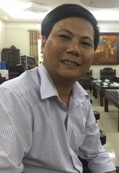 """Thầy giáo trẻ Lương Đình Giáp không """"con ông cháu cha"""" vượt qua hơn 20 trường hợp đã được quy hoạch để được bổ nhiệm Phó trưởng phòng Giáo dục và đào tạo."""