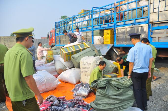 Những tháng đầu năm, ngành Hải quan và các lực lượng chức năng đã xử lý hàng loạt vụ buôn lậu, gian lận thương mai.