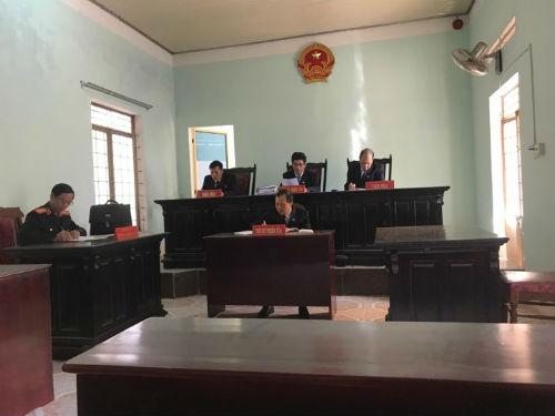 Ngày 7/2/2018, TAND tỉnh Gia Lai mở lại phiên tòa sơ thẩm xét xử vụ này này sau nhiều lần bị hoãn, thế nhưng một lần nữa phiên tòa lại bị hoãn vì lý do nguyên đơn vắng mặt.