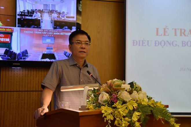 Bộ trưởng phát biểu giao nhiệm vụ cho tân Chánh Văn phòng Đảng - Đoàn thể
