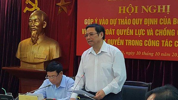Trưởng Ban Tổ chức TƯ Phạm Minh Chính.