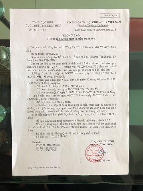 Văn bảncủa Cục thuế tỉnh Điện Biên thông báo tiền thuế nợ, tiền phạt và tiền chậm nộp của Công ty TNHH Thương mại và Xây dựng số 6 với số tiền lên tới gần 4 tỷ đồng. Ảnh: H.L