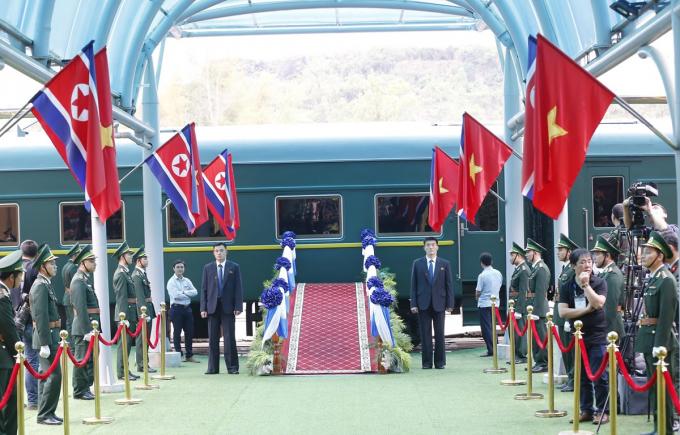 Tất cả đã vào vị trí, sẵn sàng cho Lễ tiễn Chủ tịch Triều Tiên Kim Jong-un về nước, kết thúc chuyến tham dự Hội nghị thượng đỉnh Mỹ-Triều Tiên lần thứ hai và thăm hữu nghị chính thức Việt Nam.
