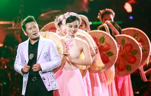 Bằng Kiều lần đầu hát bolero trên sân khấu