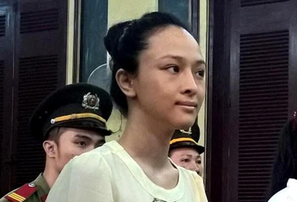 Hoa hậu Phương Nga trong phiên xét xử vừa qua. Ảnh: Người lao động.