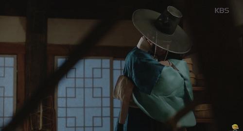 Mây họa ánh trăng tập 14: Park Bo Gum