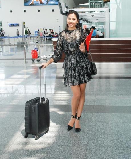 Á hậu Nguyễn Thị Loan vừa lên đường đi thi nhan sắc quốc tế lần 2.