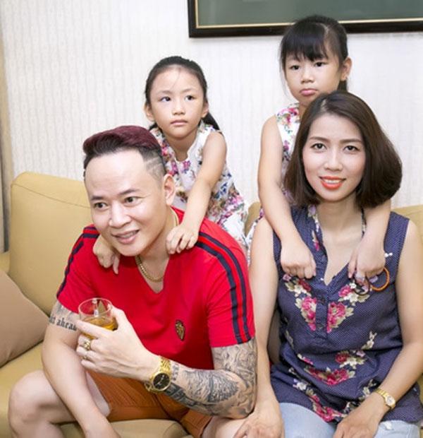 Diễn viên Tùng Dương và gia đình nhỏ.