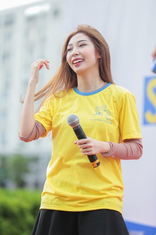 Ca sĩ Khổng Tú Quỳnh.