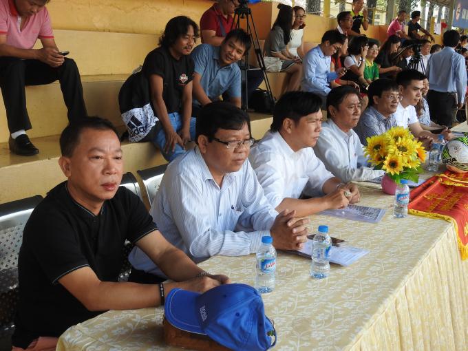 Tổng biên tập báo Pháp luật Việt Nam, Tiến sĩ Đào Văn Hội có mặt tại Lễ khai mạc Press Cup 2017.