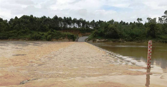 Mực nước sông Hiếu vẫn đang tiếp tục dâng cao.