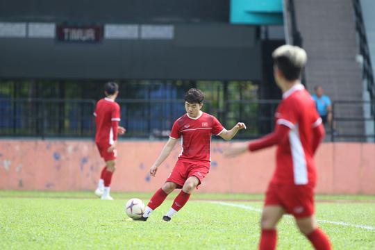 Xuân Trường khẳng định sự háo hức khi sắp được đá trận chung kết trên sân Bukit Jalil có sức chứa 87.000 khán giả