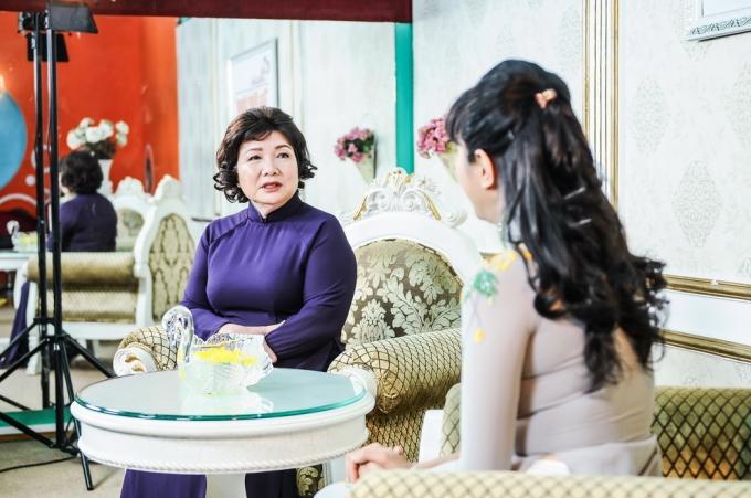 Chuyên gia tâm lý Lý Thị Mai sẽ bàn luận về vấn đề Vợ chồng có nên can thiệp vào chuyện công việc công sở của nhau.
