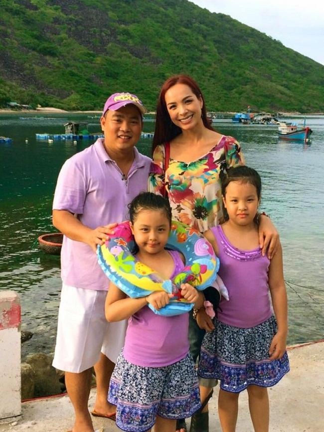 Gia đình nhạc sĩ Minh Khang.