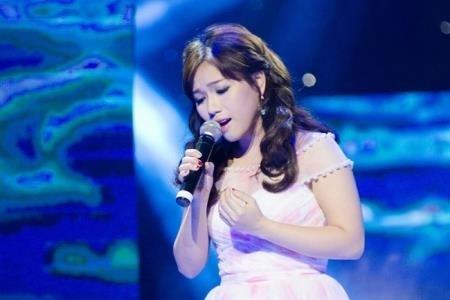 Hoài Lâm đang có lợi thế giành giải Bài hát yêu thích năm 2015