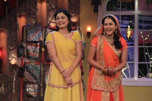 Hai nữ diễn viên đảm nhận vai Anandi.Ảnh: Internet