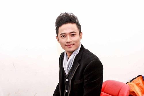Ca sĩ Quý Bình.
