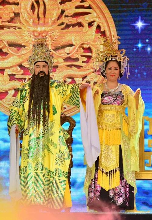 Nghệ sĩ Bảo Quốc và Hồng Vân đã gắn bó với vai Ngọc Hoàng - Thiên Hậu hơn 20 năm.