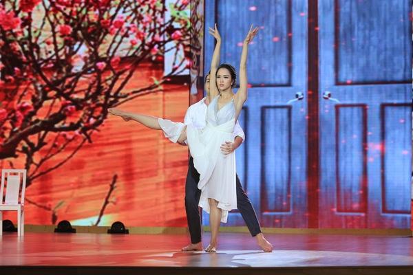 Lâm Chi Khanh nghẹn ngào kể quá khứ chuyển giới, ước mơ mặc váy cưới