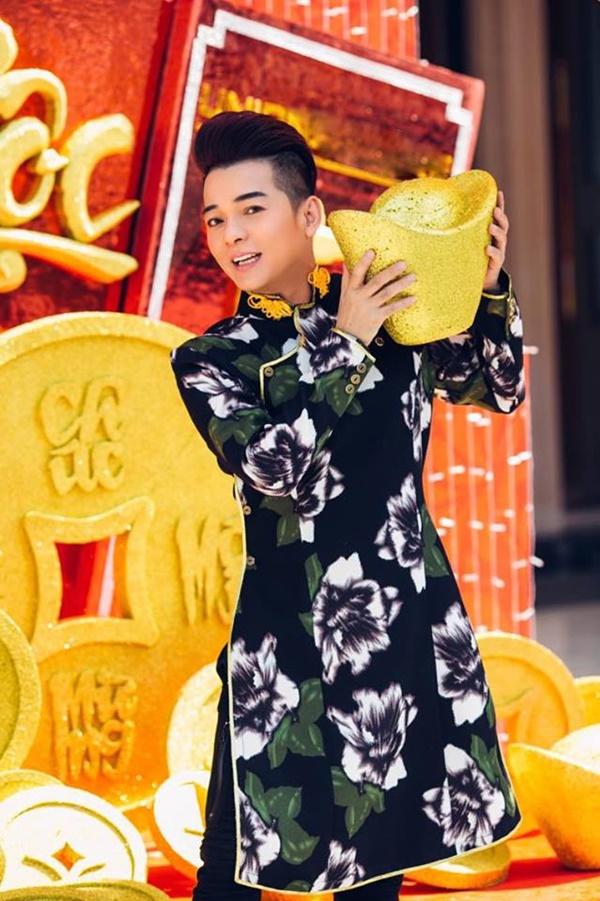 Vũ Hà chỉ chạy show từ ngày mùng 1 đến mùng 10 Tết.
