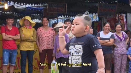 Trong khi bác Leng Keng giao nhiệm vụ thì một nhân vật lạ xuất hiện có ngoại hình khá giống với Bi Béo. Danh hài Xuân Bắc đã phải nhanh chóng thanh minh rằng mình chưa đến Châu Đốc bao giờ.