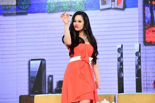 Nhật Kim Anh và những vai diễn đầu trên sân khấu hài kịch trong Diêm Vương xử án.
