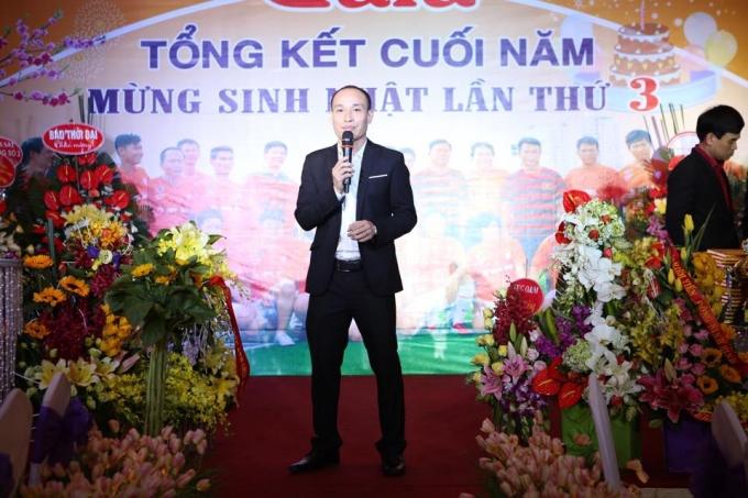 Nhà báo Phạm Quốc Cường - TTKTS Phapluatplus.vn - Chủ tịch FC Phóng viên phát biểu tại đêm Gala mừng sinh nhật lần thứ 3 đêm 16/1/2016.