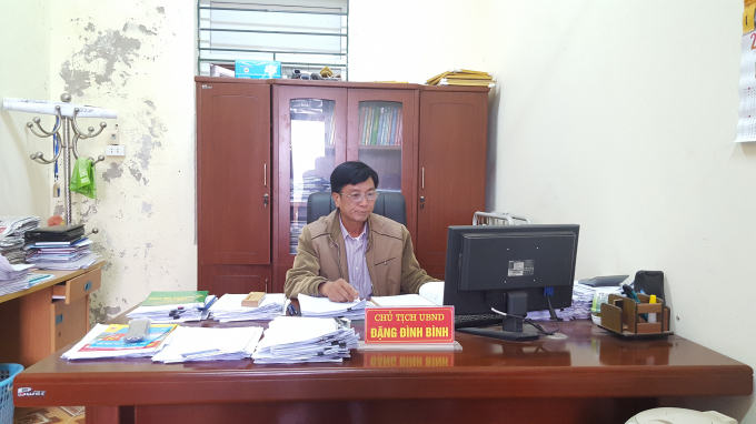 Ông Đặng Đình Bình - Chủ tịch UBND xã Trần Phú trong buổi làm việc với Phóng viên. Ảnh: Huy Trung.