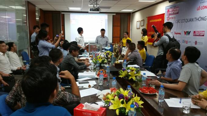 Phần lớn đại diện các cơ quan Thông tấn Báo chí đều tỏ ra hào hứng trong buổi Lễ bốc thăm chia bảng.