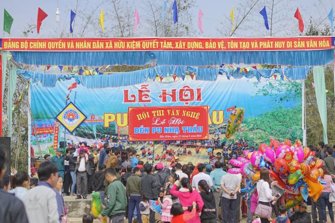Hội đền Pu Nhạ Thầu được khai hội tại xã Hữu Kiệm, huyện Kỳ Sơn (Nghệ An).