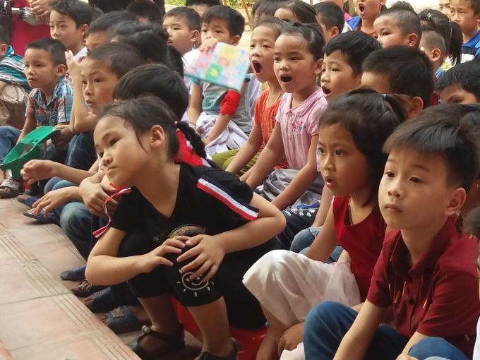 Những cuốn sách của dự án sẽ được sắp xếp trong thư viện để phục vụ nhu cầu đọc của các em học sinh tạitrường tiểu học Quang Sơn