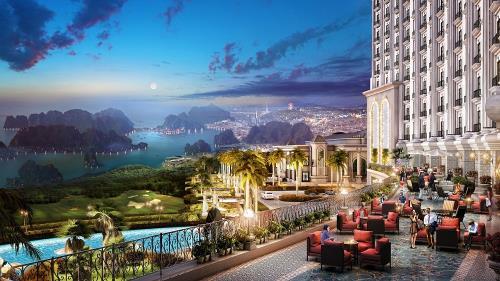 Ngắm toàn cảnh vịnh Hạ Long đẹp nhất từ trên cao tại khu nghỉ dưỡng Grand Hotel Hạ Long.Ảnh: FLC