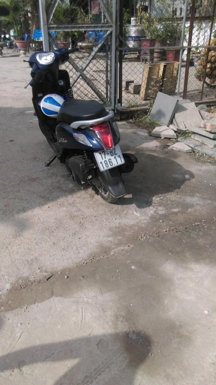 Hai phương tiện va chạm giao thông trên đường Nguyễn Xiển